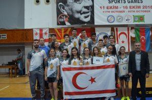 18. Uluslararası Dr. Küçük Oyunları Badminton Turnuvasında Şampiyon Türkiye
