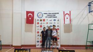 U19 KKTC BADMİNTON ŞAMPİYONASINDA SEYMEN-EREN VE YDÜ DAMGASI
